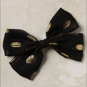 ✨ Anthropologie Spotted Chiffon Bow by ban.do